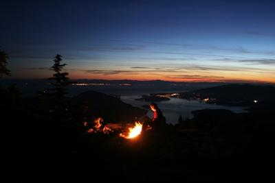 Lagerfeuer auf den Vancouver Lions