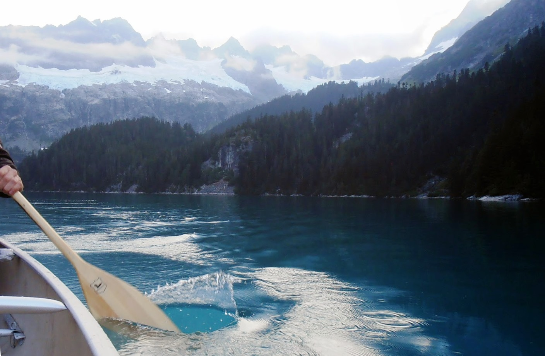 Lake Lovely Water - Kanufahren